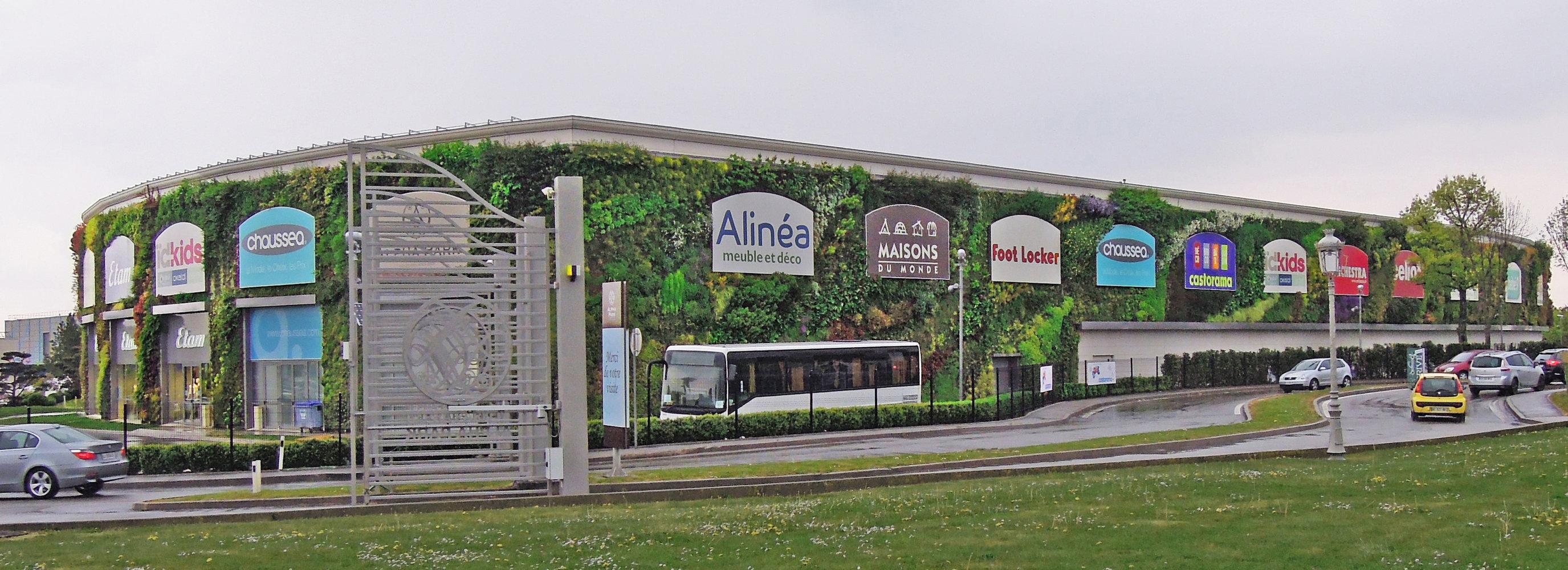alpha park 2 les clayes sous bois vertical garden patrick blanc. Black Bedroom Furniture Sets. Home Design Ideas